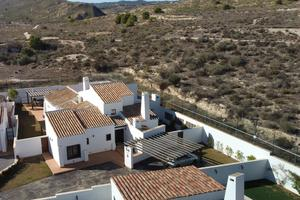 4 bedroom Villa for sale in El Valle Golf Resort