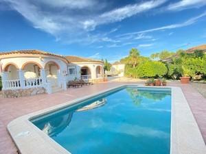 3 bedroom Villa for sale in Valle del Sol
