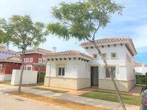 2 bedroom Villa for sale in Mar Menor Golf Resort