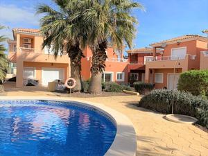 2 bedroom Villa for sale in Altaona Golf