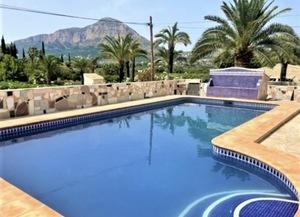 3 bedroom villa for long term rental Javea.