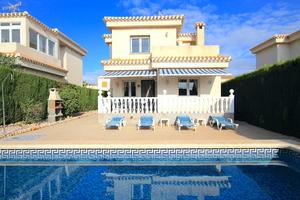 3 bedroom Villa se vende en Playa Flamenca
