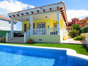 3 bedroom Villa for sale in Bigastro