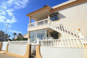 2 bedroom Apartamento se vende en Villamartin
