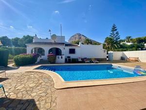 2 bedroom Villa to rent in Javea
