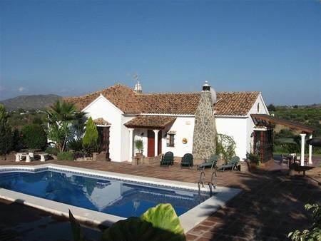 Вилла в Малага, площадь 215 м², 5 спален