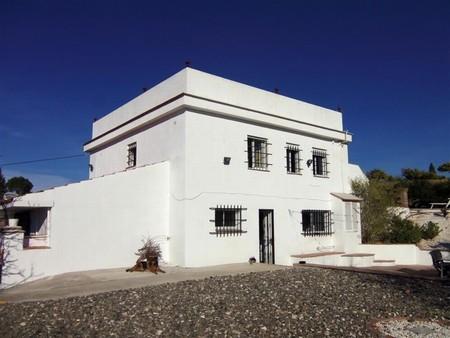 Вилла в Малага, площадь 200 м², 5 спален