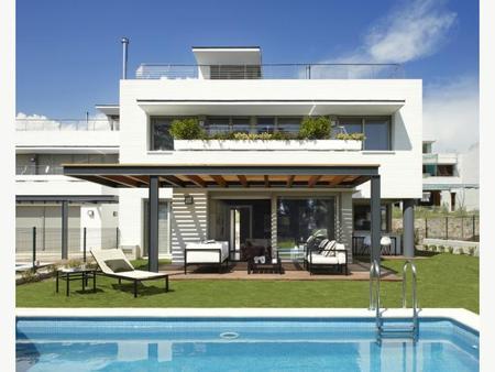 Вилла в Барселона, площадь 285 м², 5 спален