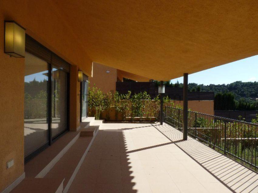 Вилла в Жирона - Коста Брава, площадь 400 м², 4 спальни