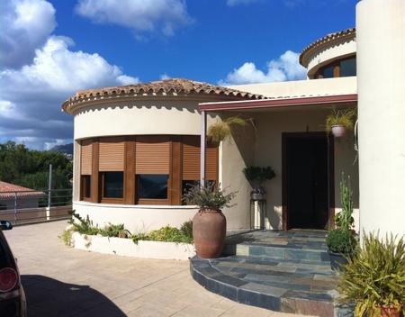 Вилла в Аликанте - Коста Бланка, площадь 350 м², 3 спальни