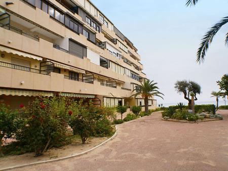 Апартаменты в Аликанте - Коста Бланка, площадь 65 м², 2 спальни