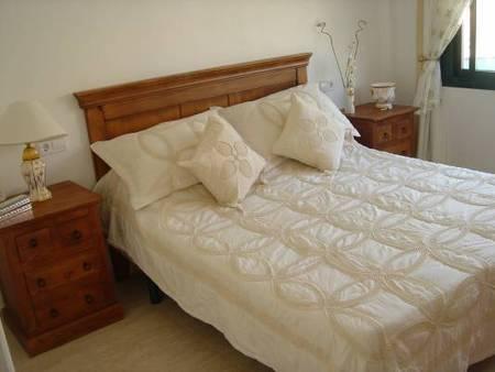 Бунгало в Аликанте - Коста Бланка, площадь 70 м², 2 спальни