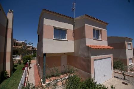 Вилла в Кастельон, площадь 145 м², 2 спальни