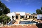 5 bedroom Villa for sale in Moraira €449,000