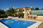 5 bedroom Finca for sale in Benissa €318,150