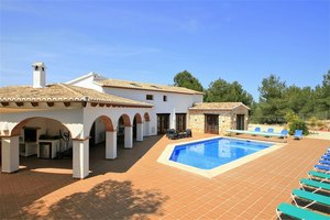 7 bedroom Finca for sale in Moraira
