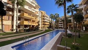 2 bedroom Villa se vende en Punta Prima