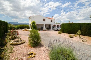 5 bedroom Villa for sale in Murcia