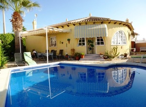 2 bedroom Villa for sale in Alicante