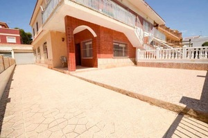 3 bedroom Apartment for sale in Alicante