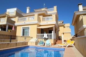 3 bedroom Villa se vende en El Galan