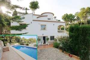 Villa de 4 dormitorio se vende en Javea
