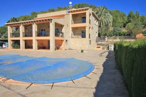4 bedroom Finca for sale in Pedreguer