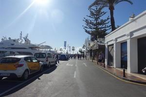 Winkel te koop in Puerto Banus