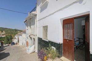 3 bedroom Townhouse for sale in Alozaina