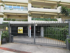 Commercial for sale in Guadalmina