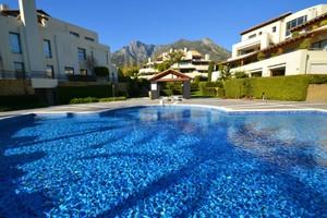 3 bedroom Apartment for sale in Sierra Blanca
