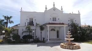 7 bedroom Villa for sale in Mijas