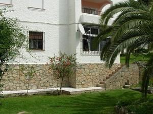 3 bedroom Apartment for sale in Estepona