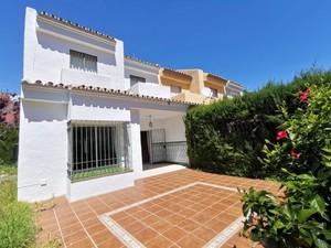 3 bedroom Villa te koop in La Atalaya