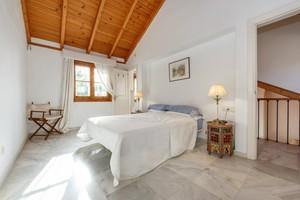 3 bedroom Villa for sale in Nagueles