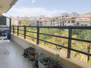 Piso de 4 dormitorios en venta en Javea