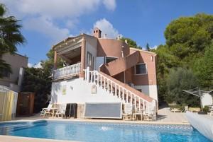 5 bedroom Villa se vende en Pinar de Campoverde