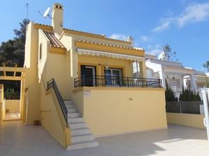 3 bedroom Villa se vende en Villamartin
