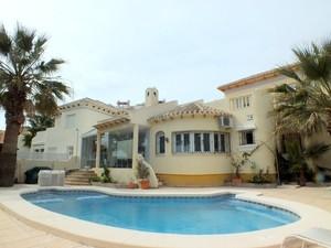 3 bedroom Villa for sale in Las Ramblas Golf