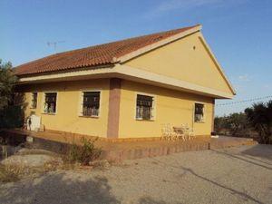 4 bedroom Villa for sale in Fortuna