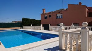 5 bedroom Villa for sale in Elche