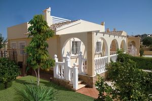 2 bedroom Villa for sale in Balsicas