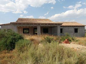 4 bedroom Villa for sale in Novelda