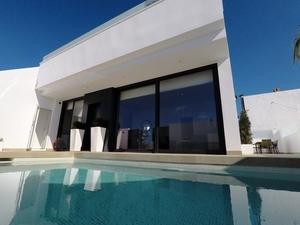 3 bedroom Villa for sale in Cartagena