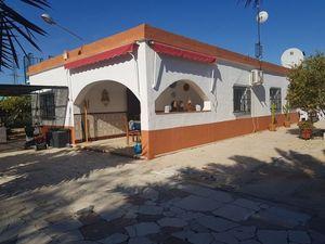 5 bedroom Villa te koop in Elche