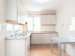 2 bedroom Appartement te koop in Alicante