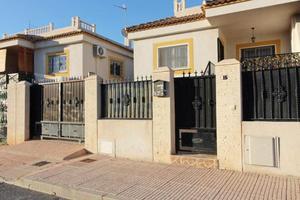 3 bedroom Apartment for sale in La Marina