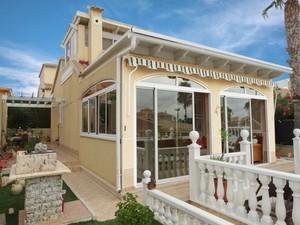 2 bedroom Villa te koop in Los Altos