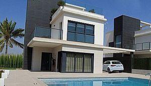 4 bedroom Villa for sale in La Manga
