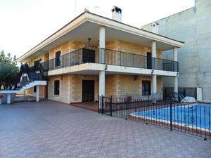 7 bedroom Villa te koop in Benejuzar